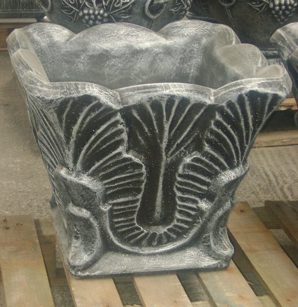 Square leaf pot