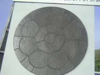 Rose centrepiece