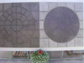 Rotary and star centrepiece